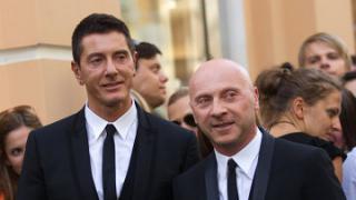 Прокуратура Милана официально высказалась о завершении расследования в отношение дизайнеров Дольче и Габбана, передала дела в трибунал.