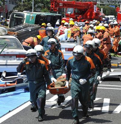 Подземные толчки  в Японии продолжаются