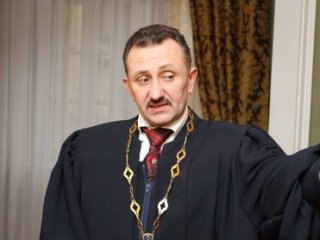 Суд назначил рассмотрение дела экс-судьи Зварича на 19 окт.